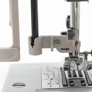 מכונת תפירה ממוחשבת ינומה DC601 עם 30 סוגי תפרים, עם מסך